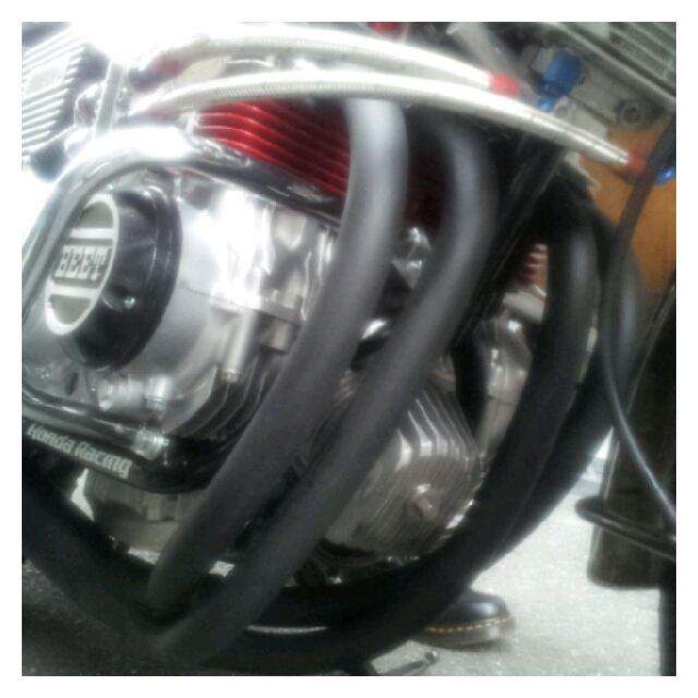 CB400 FOURagain 手曲げマフラーの単体画像