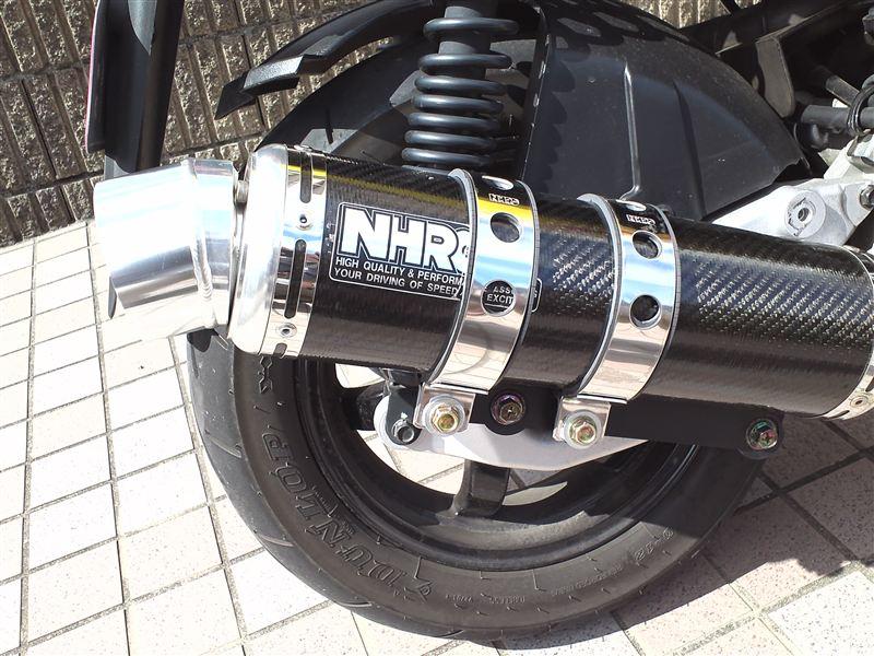 R125NHRC レーシングマフラー(カーボンカバー)の単体画像