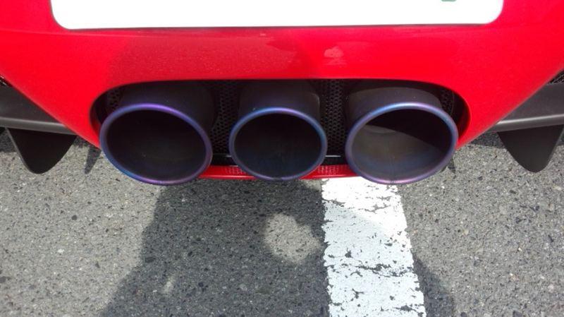 458イタリアフェラーリ(純正) チタンマフラーの単体画像