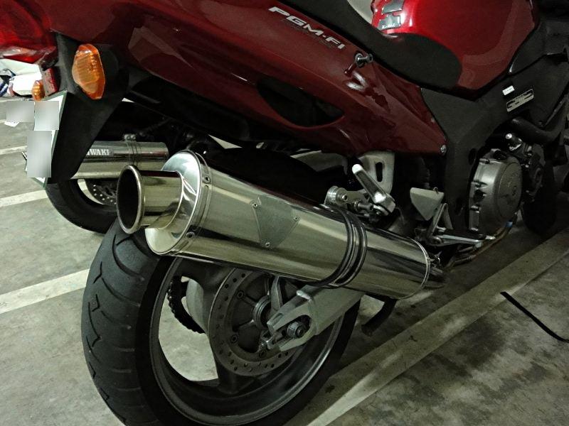 CBR1100XX スーパーブラックバードR's Gear ソニックマフラー(真円チタン)の単体画像