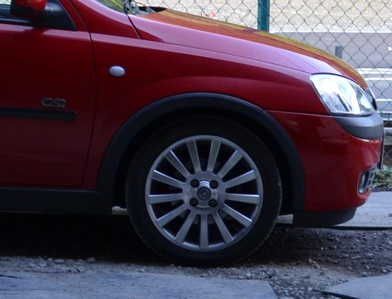 ヴィータ自動車メーカー純正 ホイールの単体画像