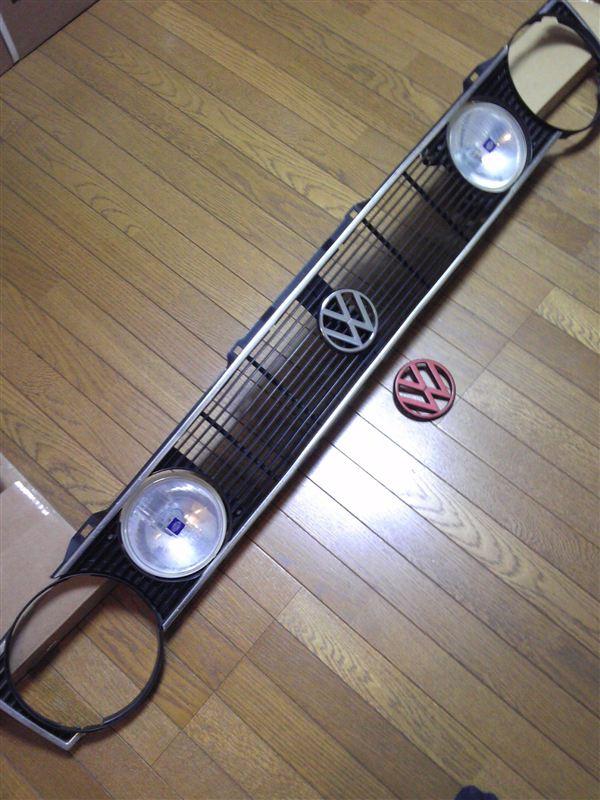 ゴルフ (ハッチバック)US volkswagen 当時物 US rabbit純正4灯グリルの単体画像