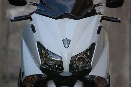 T-MAX530純正 TMAX530フロントパネル塗装~白の単体画像