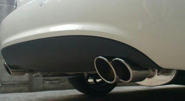 Xタイプ エステート (ワゴン)QUAD オールステンレス クロームマフラーセット の単体画像