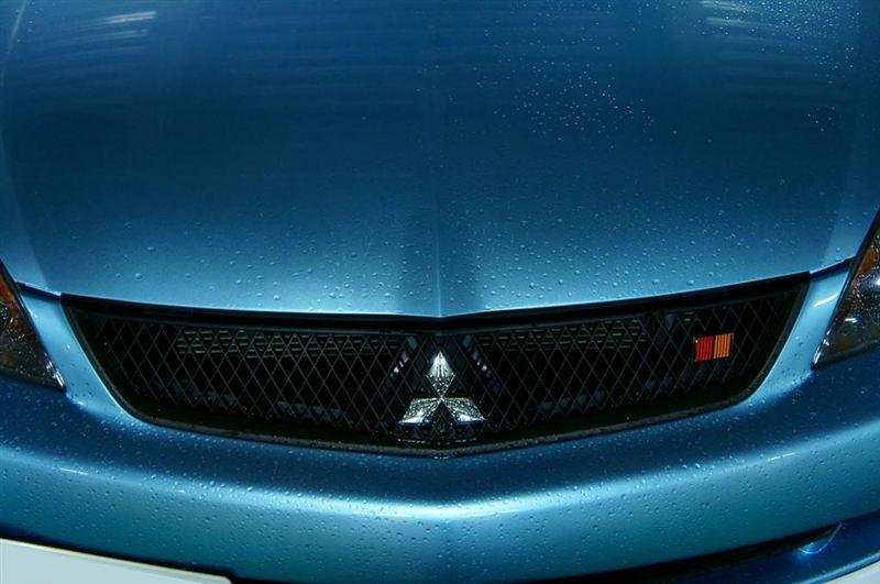 ランサー三菱自動車(純正) ラジエーターグリルの単体画像