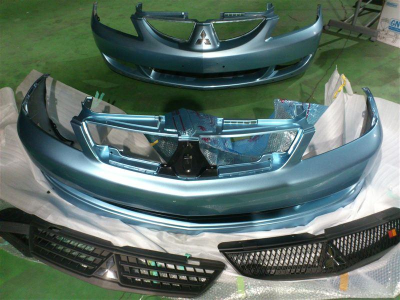 ランサー三菱自動車(純正) フロントバンパーの単体画像