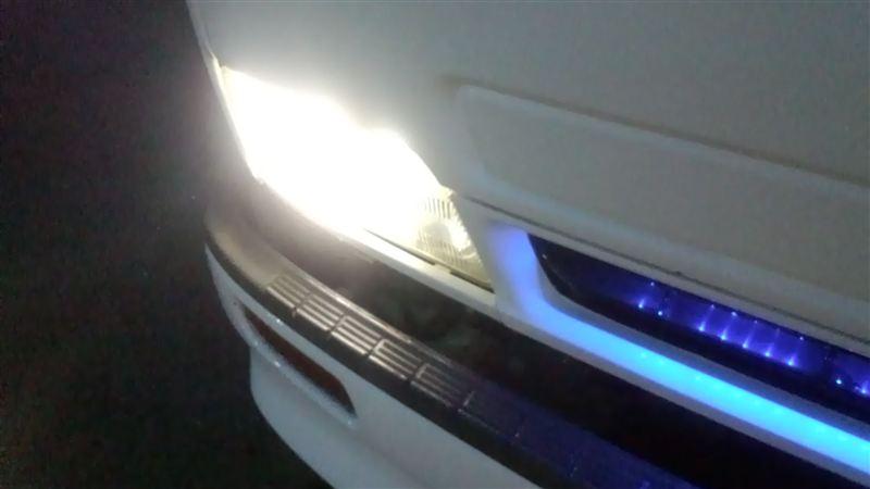 フォワードFALO Advance Projector of Headlight D2C 5000kの単体画像