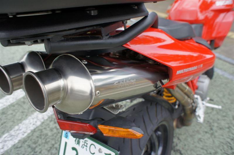 ムルティストラーダ1100MOTO CORSE Evoluzione スリップオンの単体画像