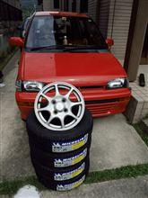 ミニカ三菱自動車(純正) 三菱純正アルミホイールの単体画像
