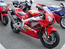 VTR1000SP-1TSR (Technical Sports Racing) EURO-TSR カーボンスリップオンマフラーの全体画像