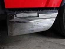 エルフトラックいすゞ純正 サイドステップカバーの単体画像