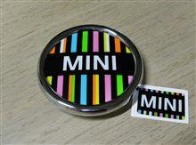 MINI Roadster純正 MINI RAYパッケージ フロントグリル デザインバッジの単体画像
