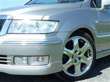 シャリオグランディス三菱純正 GTO最終型TT-MR純正18インチアルミホイールの単体画像