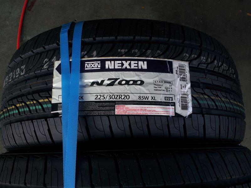 NEXEN N7000 225/30ZR20 85W (記録用)