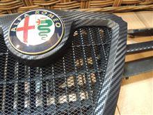 156スポーツワゴンO2:MOTORING カーボン調フロントグリルの単体画像