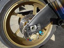 GSX-R1000OZ MOTORBIKE OZ-5S PIEGA F350-17/R600-17 GOLDの単体画像