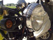 GS125Eカワサキ純正 250TR用ヘッドライトの単体画像