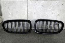 M5BMW(純正) BMW M Performance ブラックキドニーグリルの全体画像