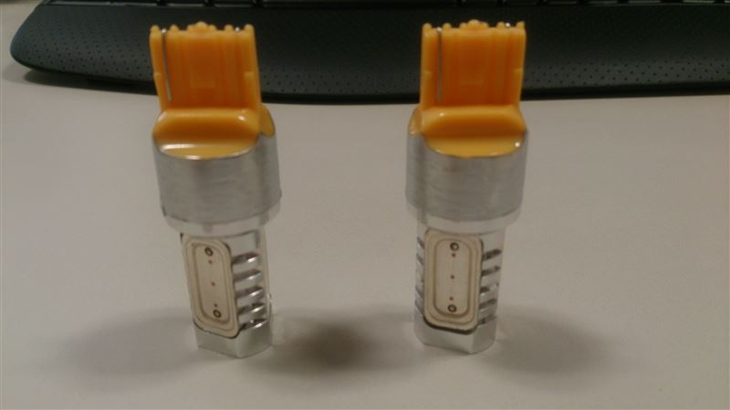 LEDパラダイス POWERVIEW LED T20シングル オレンジ