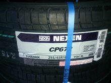 NEXEN CP672 215/45R18