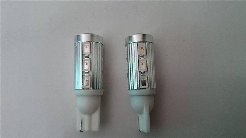 メーカー・ブランド不明 T10 11w CREE XB-D R5 + 5630SMD プロジェクター 拡散LED アンバー