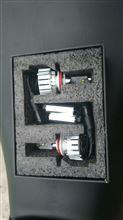 ZX-14Rメーカー・ブランド不明 LED バルブ ランプ LED バルブ HIDと勝負しよう!!30w CREE社 LED ヘッドライト H4 Hi Lo 切り替え式 ヘッドランプ フォグランプ H7 H8 H9 H10 H11 H1の単体画像