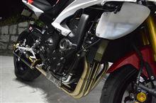 YZF-R6Two Brothers Racing フルエキゾーストマフラー M2カーボンサイレンサー の単体画像