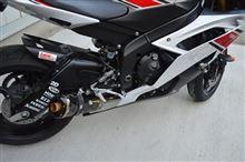 YZF-R6Two Brothers Racing フルエキゾーストマフラー M2カーボンサイレンサー の全体画像