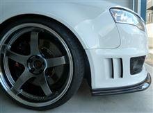 RS4アバント (ワゴン)AS SPORT カーボンフロントスポイラーの単体画像