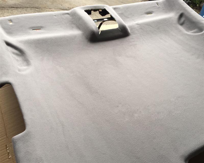 Leather Custom FIRST GOLF5 純正天井貼り替え