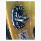 CAR MATE / カーメイト ドレスアップパーツ ドアロックストライカ用 トヨタ用A メッキ クリスタル付 / DZ178