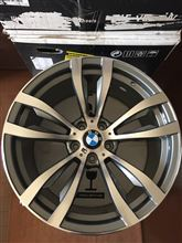X5不明 BMW X5 E70 F15用 20インチホイールの単体画像