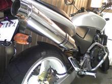 ホーネット250WR'S スリップオンマフラーの全体画像
