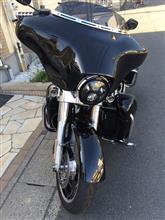ストリートグライドHarley-Davidson 純正LEDヘッドライトの全体画像