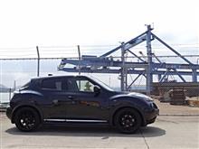 ジュークRAYS HOMURA 2x7 Glossy Blackの全体画像