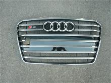 S5 スポーツバック海外 S5グリルの単体画像