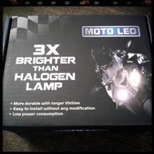 モンスター S2R 1000ノーブランド 輸入車バルブ対応 バイク用 20W 1800ルーメン LED ヘッドライト H4 H4R1 H4BS Hi/Low両面切り替え型の単体画像
