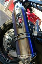 FAZER 8 (フェザー)ヨシムラジャパン サイクロンスリップオンマフラーの単体画像