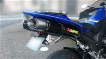 YZF-R1AKRAPOVIC スリップオンライン S-Y10SO8-DTC(サイレンサー:カーボン/エンド:カーボン)の単体画像