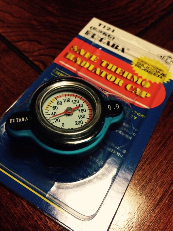 FUTABA 水温計付ラジエーターキャップ