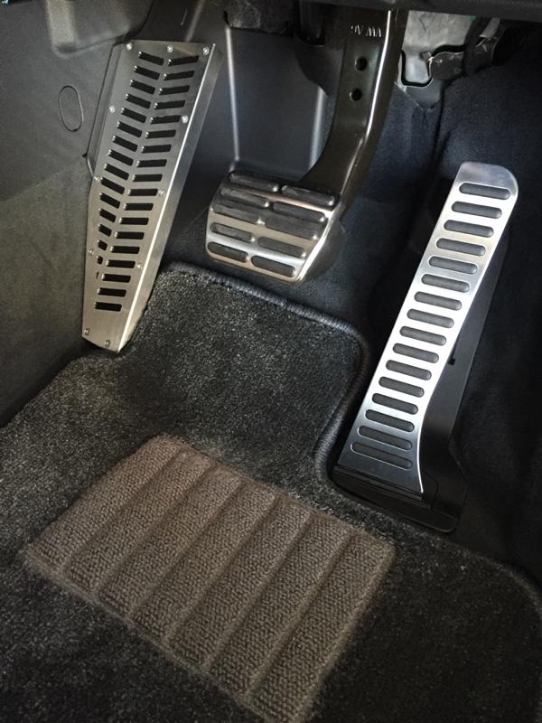 Audi純正(アウディ) RSQ3純正 アクセル/ブレーキペダル