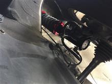 ブルーバードシルフィLARGUS フルタップ式車高調の単体画像