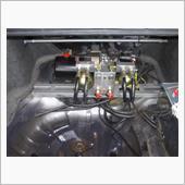 バサースト(ハイドロ) TUFバサースト油圧で上げ下げするサス。