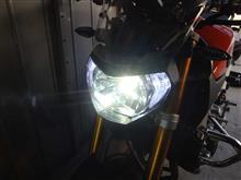 MT-09不明 LED ヘッドランプ H4の全体画像