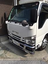 エルフトラックいすゞ純正 エアダムバンパーの単体画像