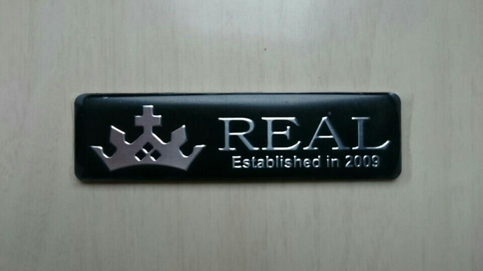 REAL エンブレム