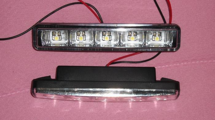 不明 LED Daytime Running Light(L03y-1)