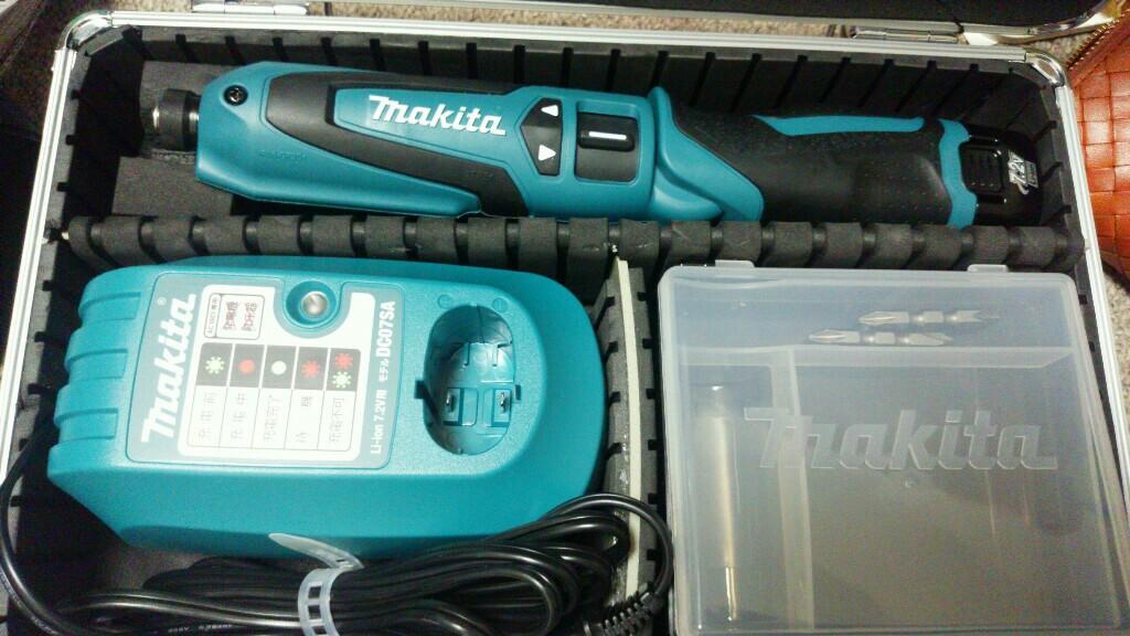 makita 充電式ペンインパクトドライバ