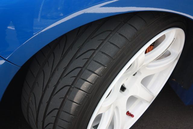 インドネシアタイヤメーカー Pinso Pinso Tyres PS-91 225/40R18