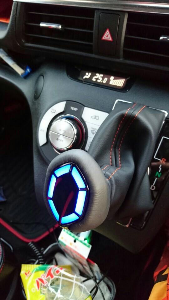 モデリスタ LEDシフトノブ